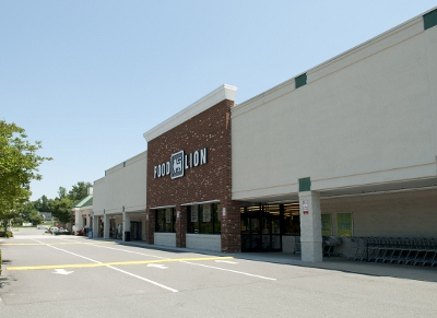 Lauderdale Square Shopping Center